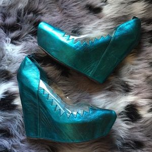 NWOT RARE Jeffrey Campbell Shark Teeth Havana Last